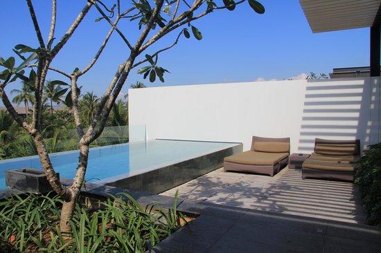 Twinpalms Phuket : бассейн