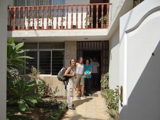 Nazca House: Frente