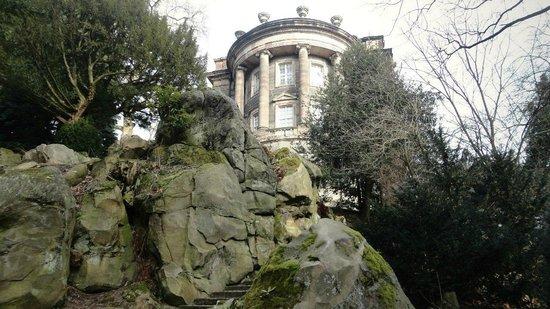 Bergpark: Дворец Вильгельмсшёе