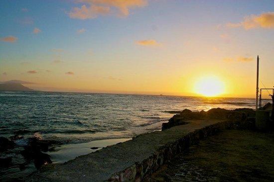Estero Beach Hotel & Resort: Puesta de Sol Vista al mar