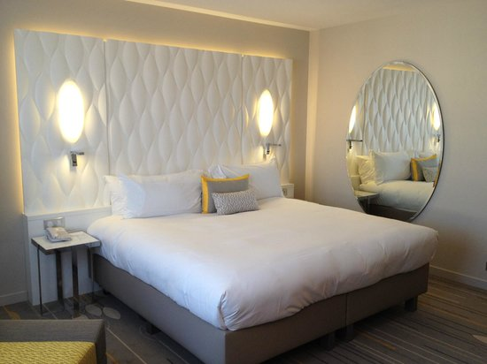 Renaissance Aix-en-Provence Hotel : Chambre