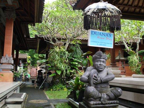 Duana's Homestay: Duana