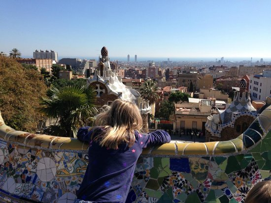 Parc Güell : The view is great, but the activities for kids is better elsewhere