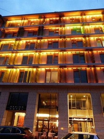 Lanchid 19 Hotel: Hôtel 2