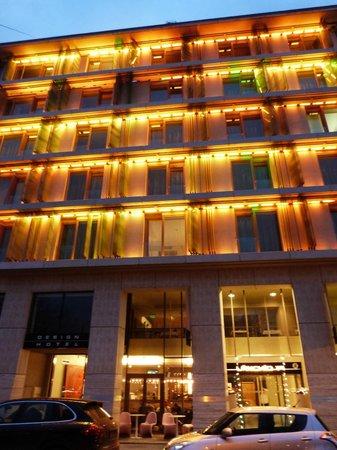 Lanchid 19 Hotel: Hôtel