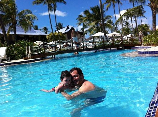 Summerville Beach Resort: Curtindo a piscina