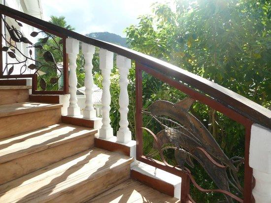 Augerine Guest House: Treppe in die 1. Etage