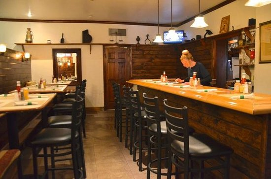 The Country Inn of Berkeley Springs: Rear Tavern