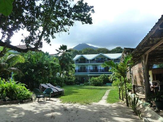 Augerine Guest House: Hotel vom Meer aus gesehen