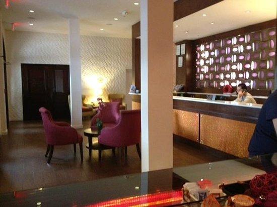 Daddy O Hotel: Lobby