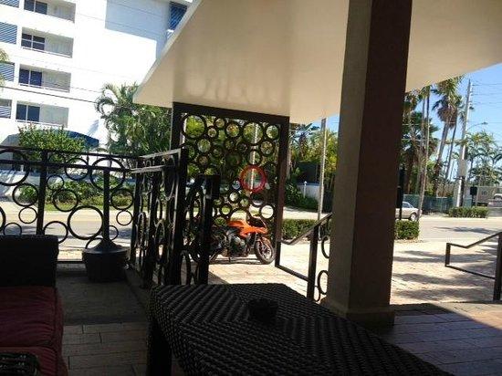 Daddy O Hotel : Main entrance