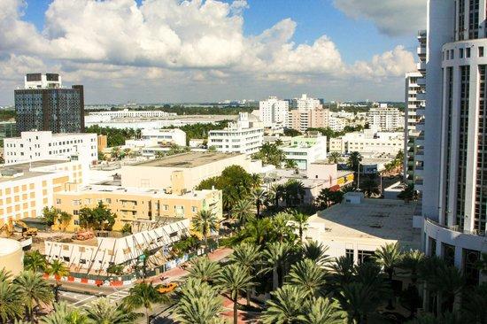 Royal Palm South Beach Miami, A Tribute Portfolio Resort : Collins Avenue and beyond