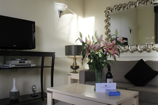 Collingham Serviced Apartments: Three-bedroom apartment