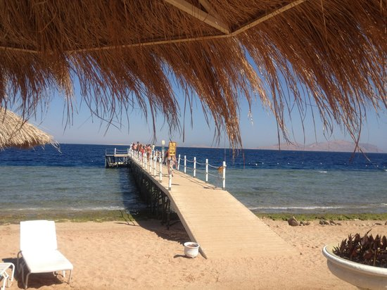 Coral Beach Resort Tiran: Paradise beach