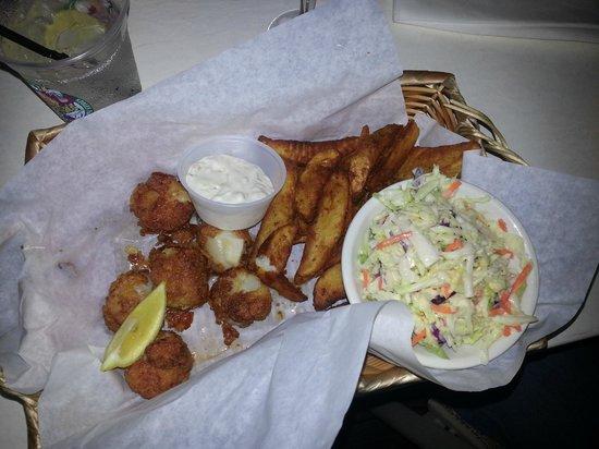 Nervous Nellie's Ft Myers Beach: Crispy fried scallops