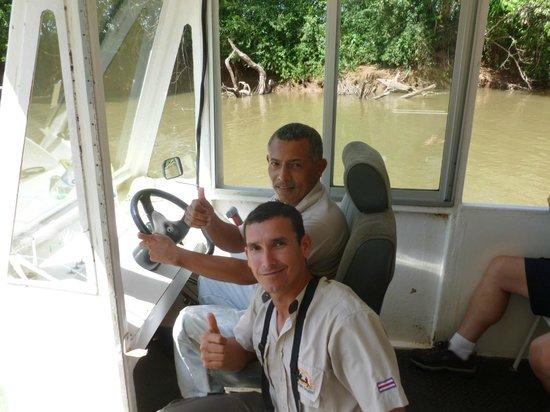 Canoa Aventura: Jorge and Captain Avelardo