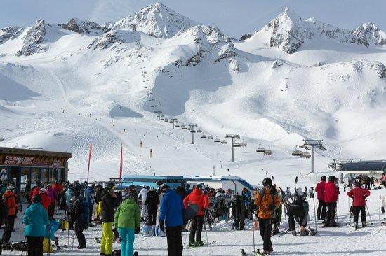 Stubaier Gletscher: top of tirol
