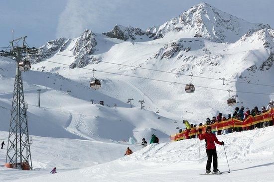 Stubaier Gletscher: view