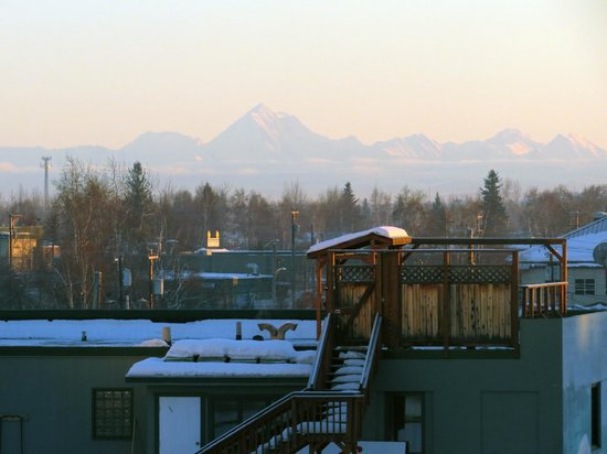 SpringHill Suites Fairbanks: Mt. Denali in background...taken from room.