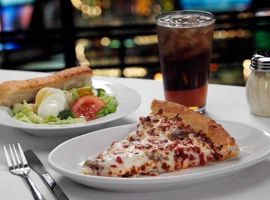 Minsky's Pizza: Minsky's Lunch Special