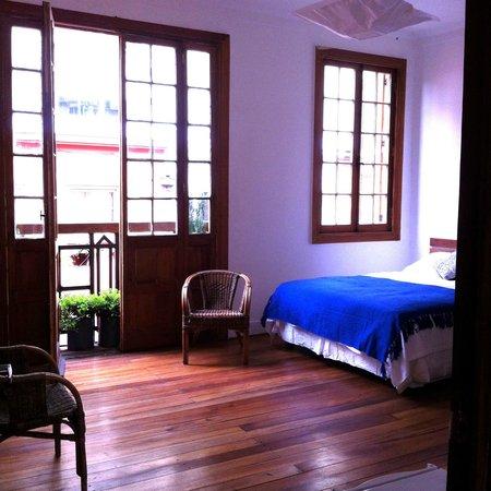 Travesia Bed & Breakfast: Habitación doble con zona cocina