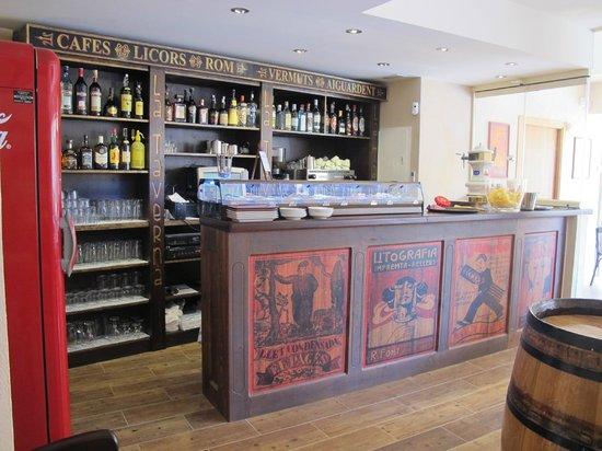 Gastrobar La Taverna: Barra