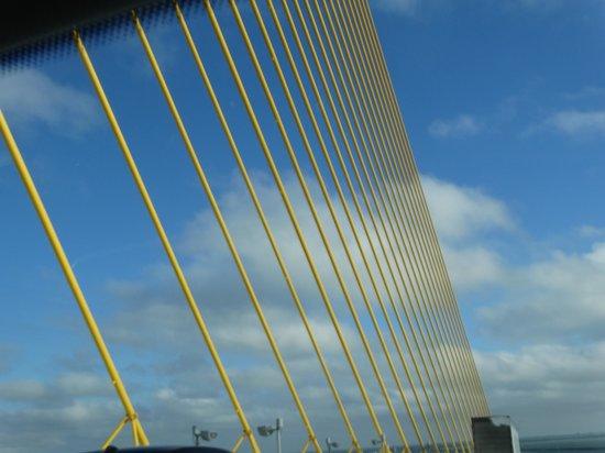 Sunshine Skyway Bridge : Close-up of the bridge structure