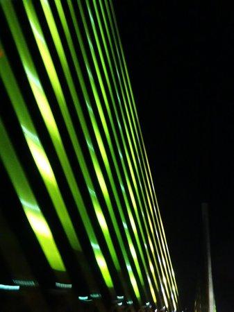 Sunshine Skyway Bridge : Night lighting of the bridge structure