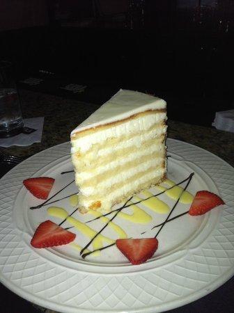Peninsula Grill : Coconut Cake