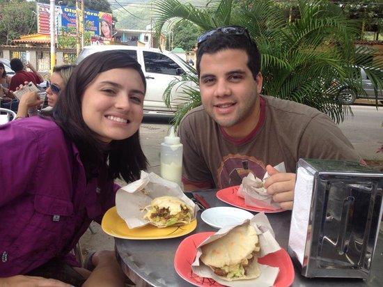 Arepas de Los Hermanos Moya : Sunday Breakfast With Friends
