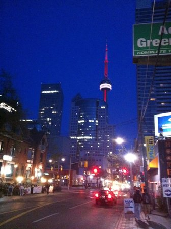 Toronto Urban Adventures : Cosmopolita