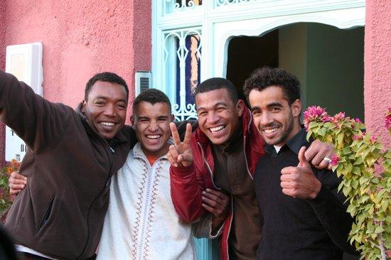 Maison d'hotes Dar Farhana: Karim & son équipe