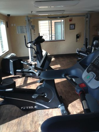 Oxford Suites Chico: Hotel Gym
