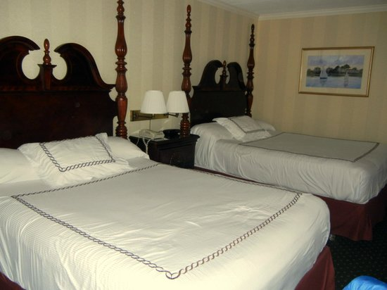 John Carver Inn & Spa: most comfortable beds I've ever slept on