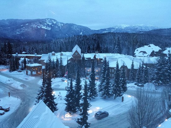 Fairmont Chateau Whistler Resort : View from the 8th floor