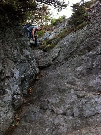 Lake George : Rock scrambling...