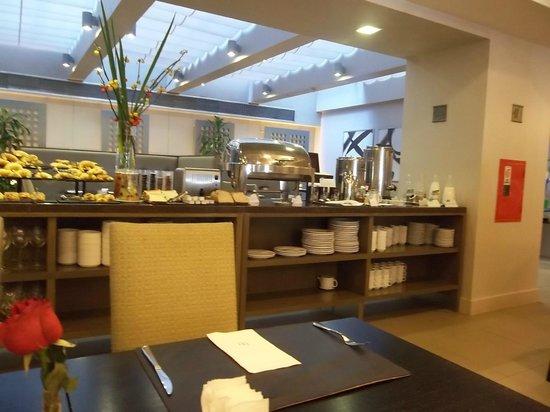 NH Buenos Aires 9 de Julio: desayuno