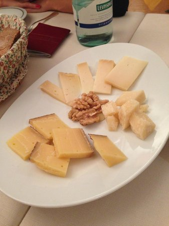 "Hotel Sassella: Great cheese platter (""Bitto"" is my favorite kind of cheese)"