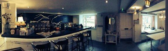 The Front Room Penzance: The front room <3