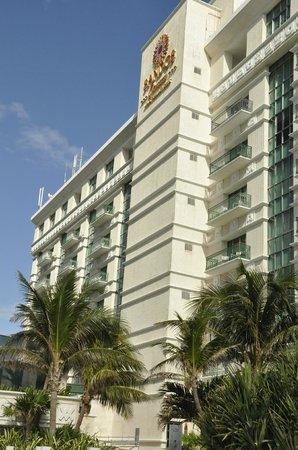 Sandos Cancun Lifetyle Resort : Sandox exterior