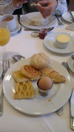 London Elizabeth Hotel: Petit déjeuner