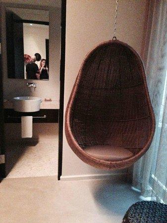 Andaz Costa Rica Resort At Peninsula Papagayo: cozy chair