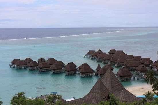 Sofitel Moorea Ia Ora Beach Resort : ホテル近くの展望台から