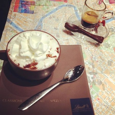 Lindt Store Roma: best ever hot chocolate!!