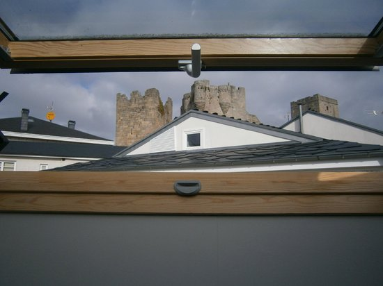Hotel Casa De Caldelas: Vistas desde el ático