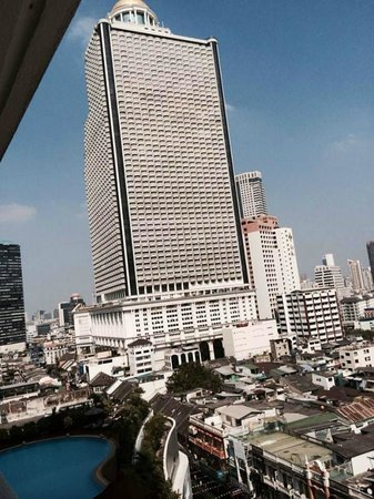 Centre Point Hotel Silom: basen i widok