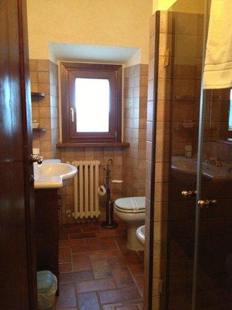 Agriturismo Rocca di Pierle: Bathroom