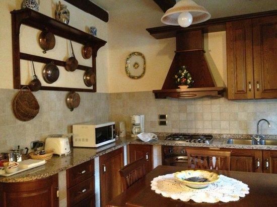 Agriturismo Rocca di Pierle: Kitchen