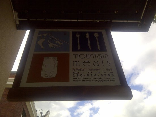 Mountain Meals: sign outside