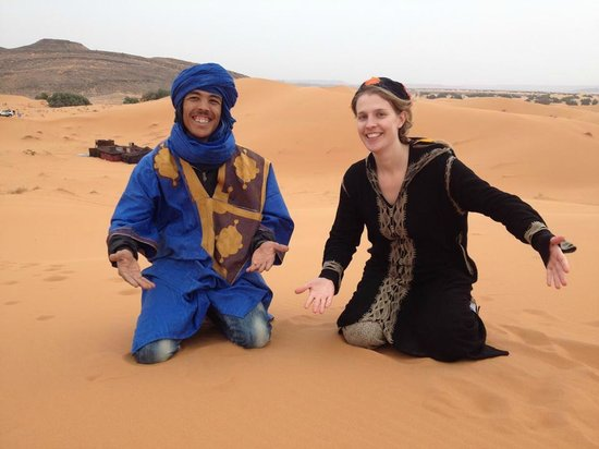 Chez les Habitants : A great time in Erg Chebbi desert with Ahmed Amraoui